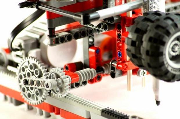 42  Lego дан ясалган принтер